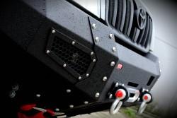 Zderzak przedni stalowy More 4x4 do Toyoty Land...