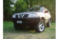 Zderzak skrzynkowy pod wyciągarkę - Nissan Patrol Y61